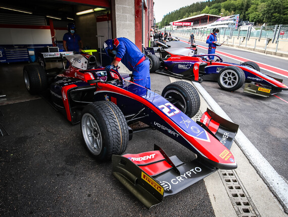 FIA F2 Championship, Spa-Francorchamps, Sprint Race Report